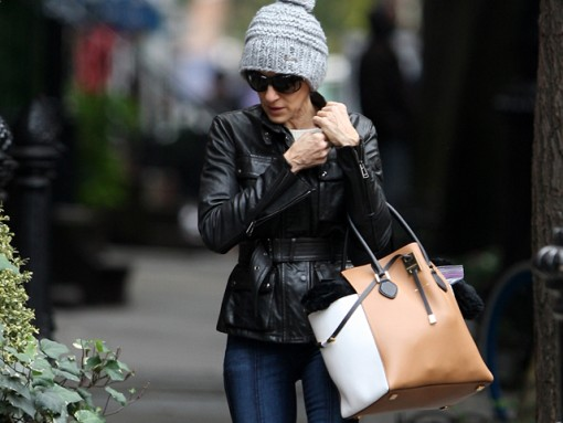 Sarah Jessica Parker carries a colorblocked Michael Kors tote in the West Village (5)