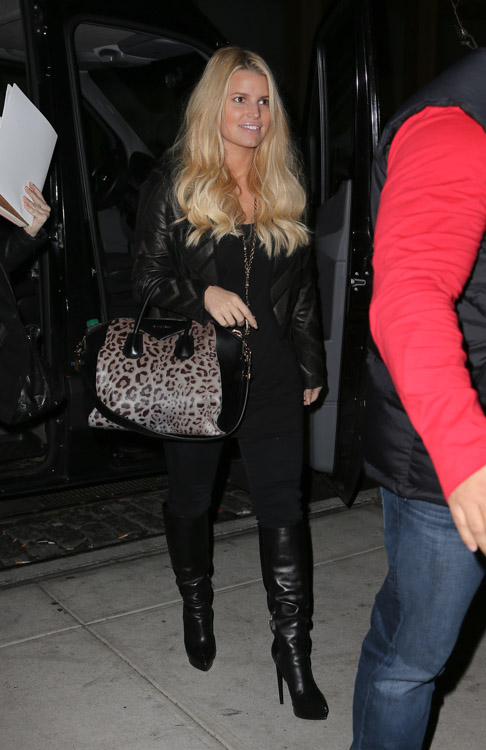 Jessica Simpson carries a leopard Givenchy bag in NYC (1)