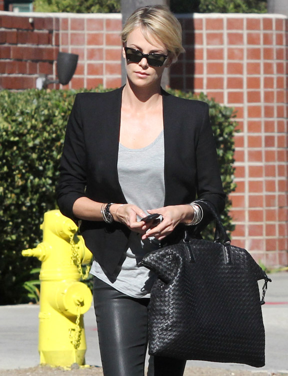 Charlize Theron Bottega Veneta Intrecciato Nappa Convertible Bag-3