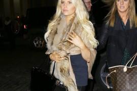 Jessica Simpson Still Loves Valentino Rockstuds