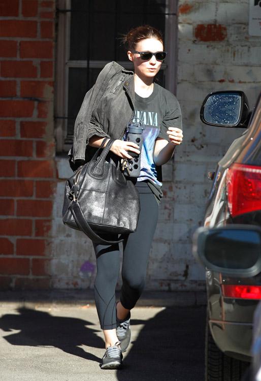 Rooney Mara Givenchy Nightingale Bag-3