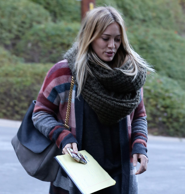 The Many Bags of Hilary Duff Part Two-16