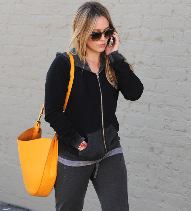 The Many Bags of Hilary Duff Part Two-20