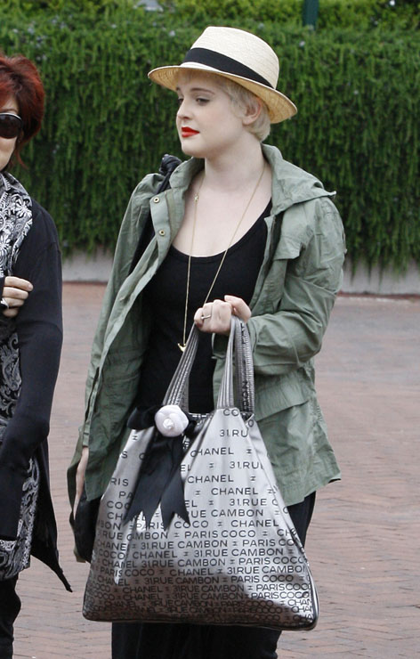 The Many Bags of Kelly Osbourne 28