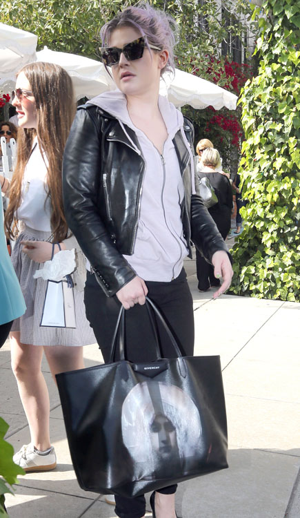 The Many Bags of Kelly Osbourne 8