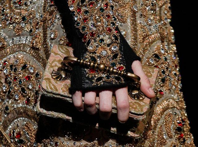 Dolce and Gabbana Fall 2014 Handbags 13