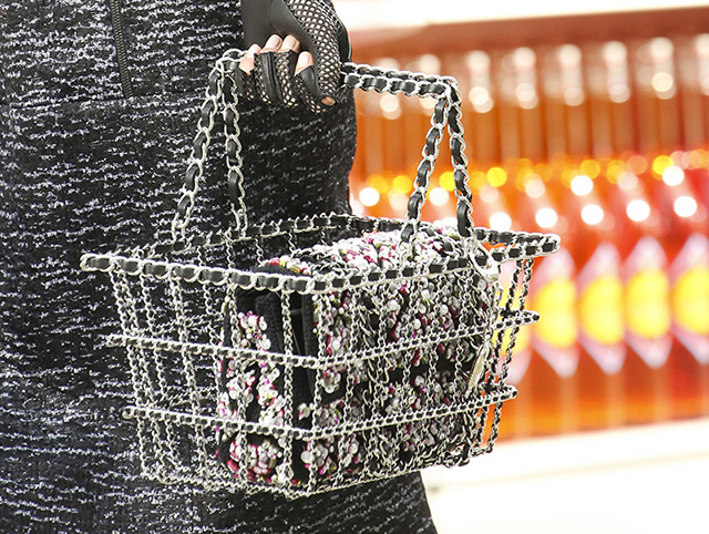 Chanel Fall 2014 Handbags 16