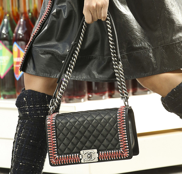 Chanel Fall 2014 Handbags 37