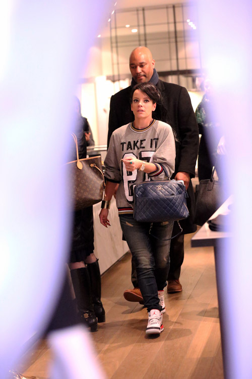 Lily Allen Chanel Bowling Bag-1