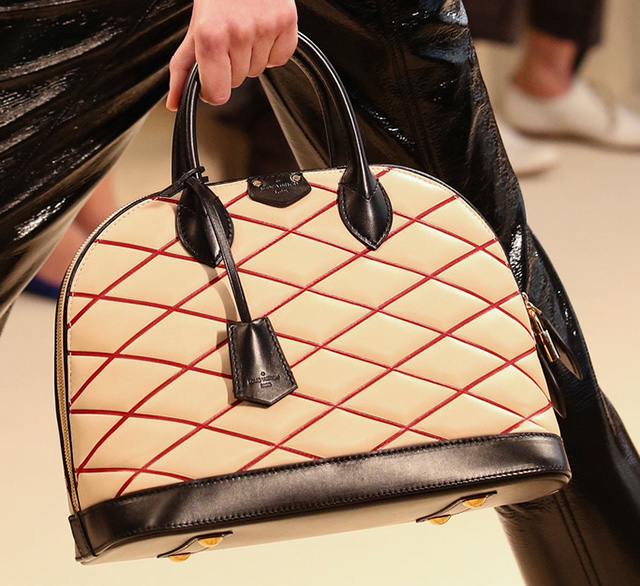 Louis Vuitton Fall 2014 Handbags 26