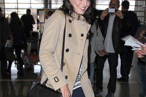 Margot Robbie Flies Post-Oscars with a Fendi Tote