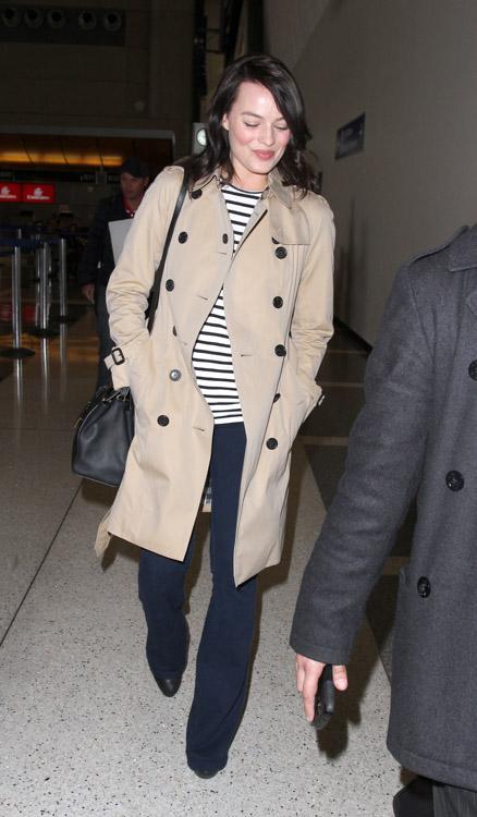 Margot Robbie Fendi 2Jours Mini Tote Bag-4