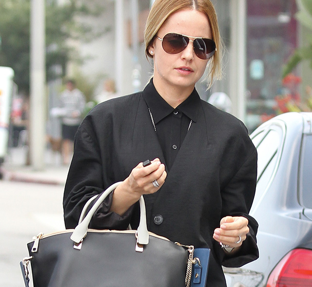 clhoe bag - Mena Suvari Carries Chloe While Vintage Shopping - PurseBlog