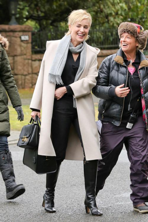 Sharon Stone Alexander McQueen Heroine Zip Tote-2