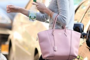 Karlie Kloss Among the First To Carry the New Louis Vuitton Soft Lockit