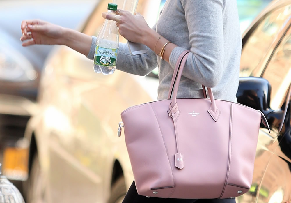 Louis-Vuitton-Soft- Lockit