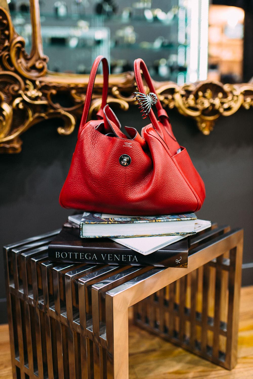 What's In Her Bag: Kei Izawa (15)