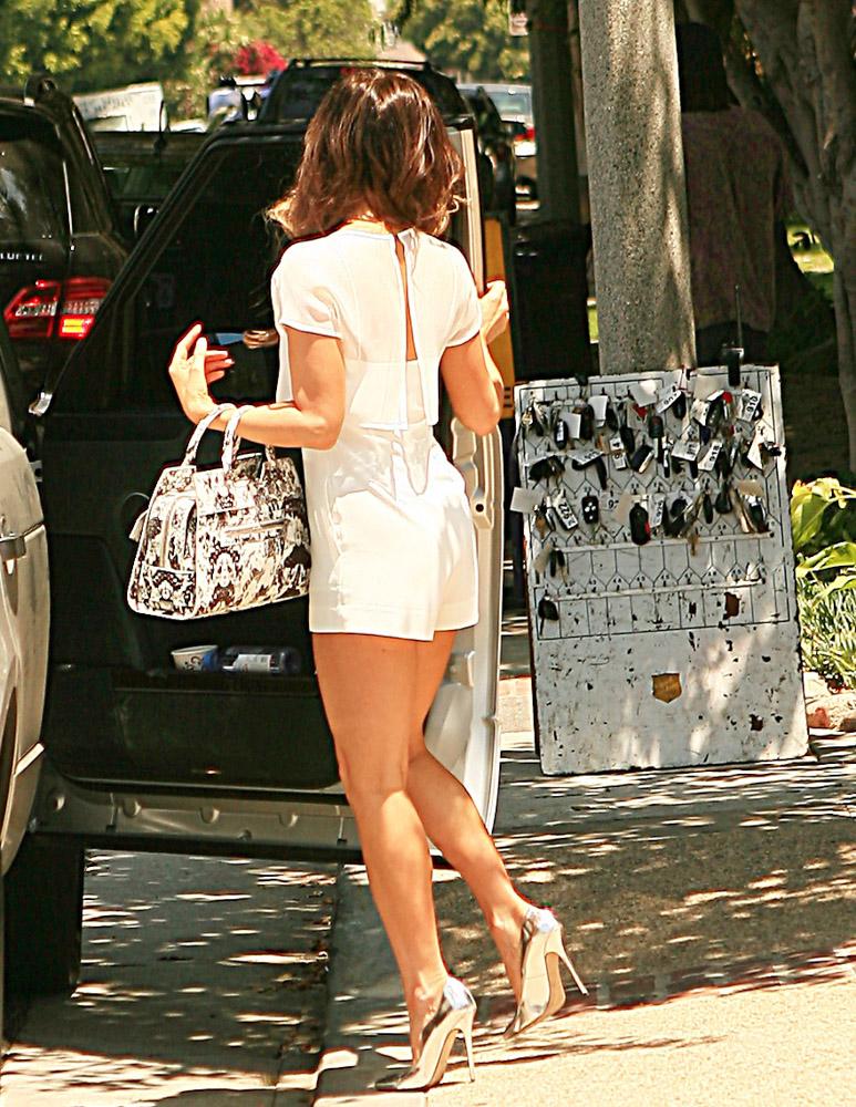 Kate Beckinsale Proenza Schouler PS13 Snakeskin Bag-1
