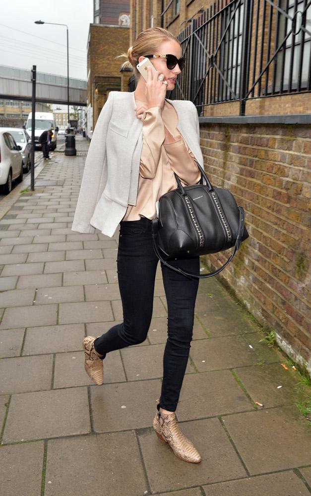 Rosie Huntington-Whiteley Givenchy Lucrezia Bag-4