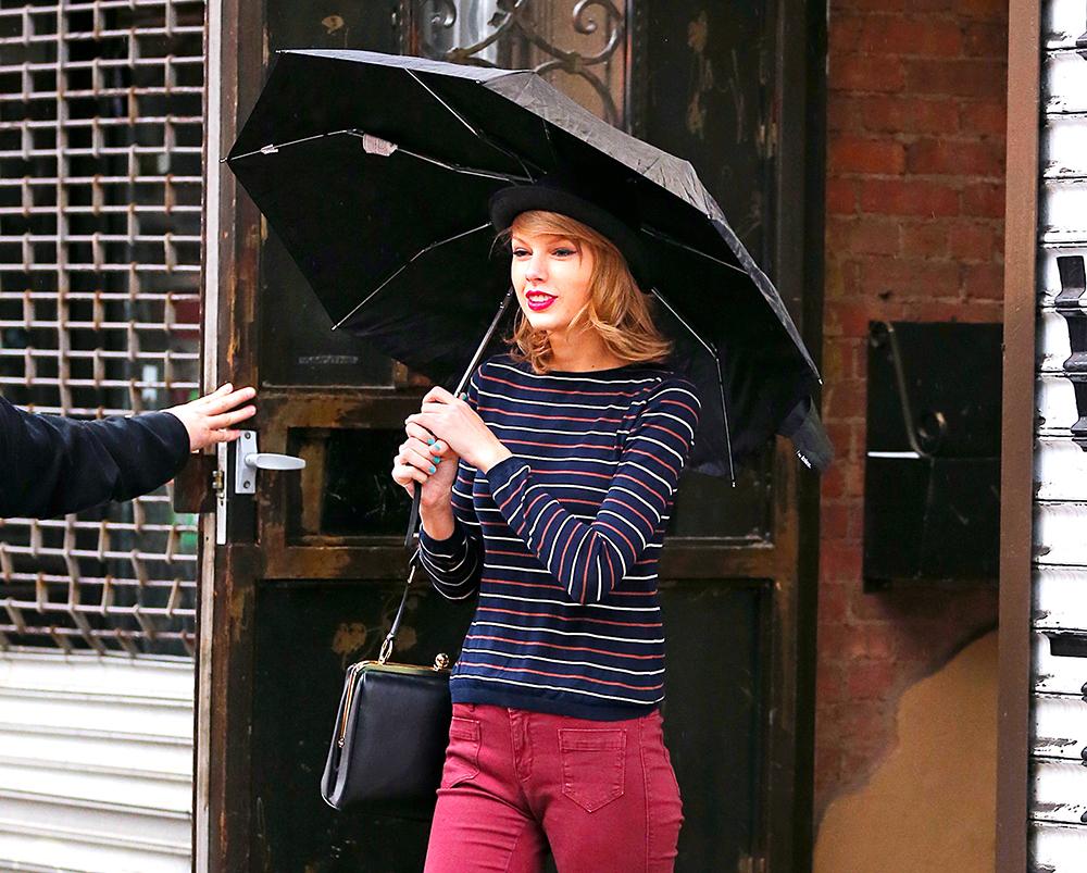 Taylor Swift Dolce & Gabbana Agata Bag