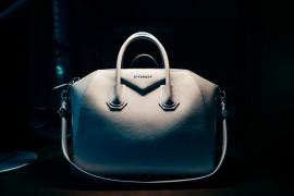 What's In Jennifer Zeuner's Bag
