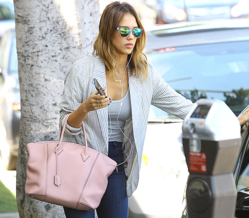 Jessica Alba Louis Vuitton Soft Lockit Bag