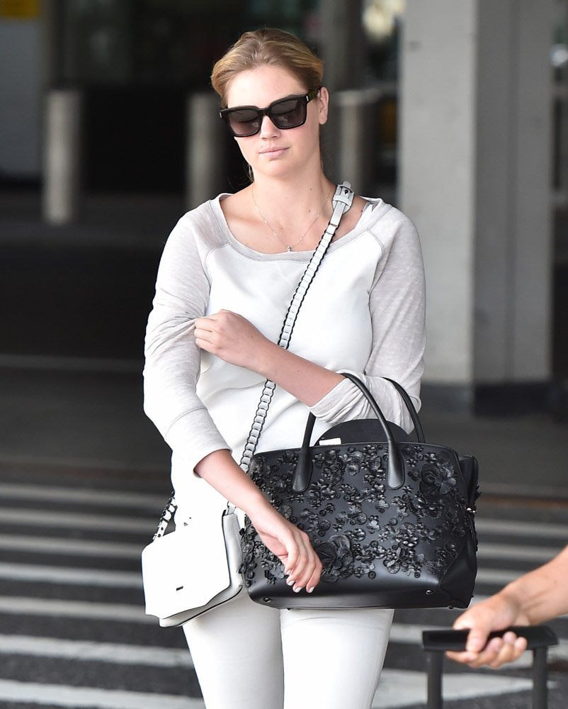 Kate Upton Dior Bar Bag Rag and Bone Enfield Mini Bag-3