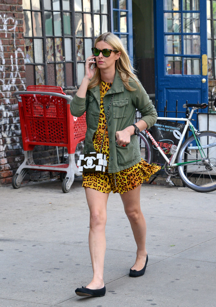 Nicky Hilton Chanel Boy Brick Clutch-2