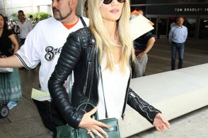 Rosie Huntington-Whiteley Carries Saint Laurent, Looks Exactly How You'd Expect