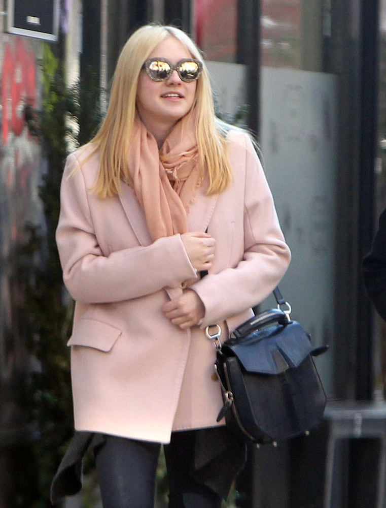 The Many Bags of Dakota and Elle Fanning-12