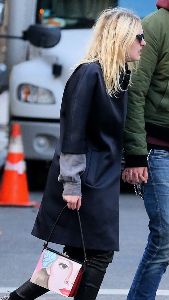 The Many Bags of Dakota and Elle Fanning-27