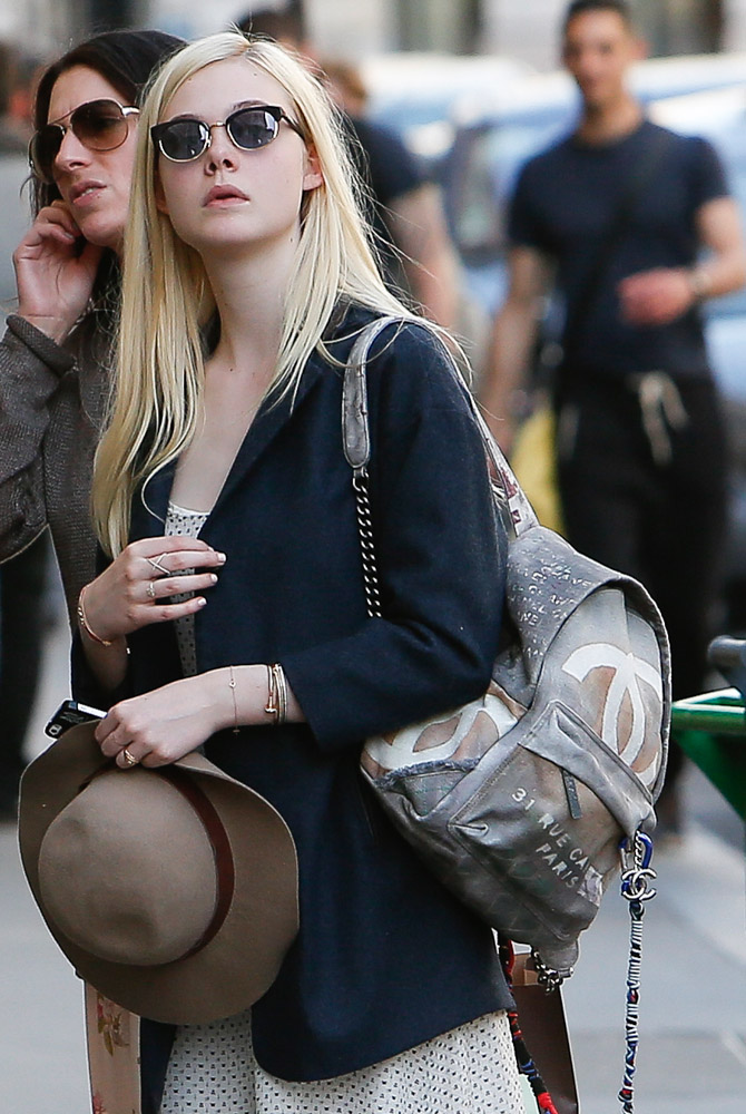 The Many Bags of Dakota and Elle Fanning-28
