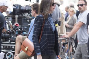 2019 year lifestyle- Hathaway anne carries gorgeous roger vivier clutch