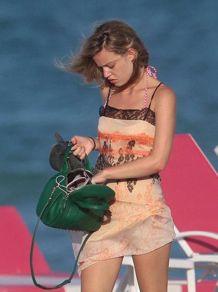 Celebrity Beach Bags 22