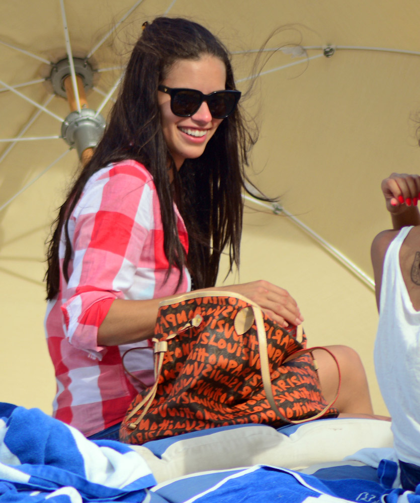 Celebrity Beach Bags 6