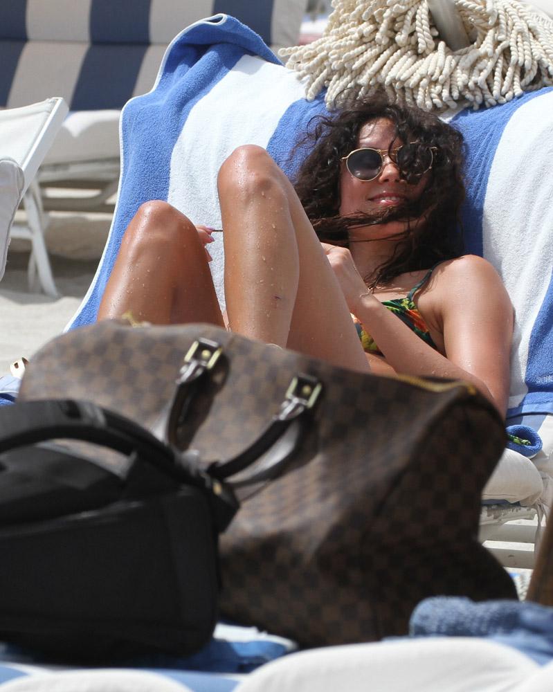 Celebrity Beach Bags 8