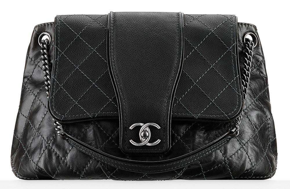 Chanel Large Calfskin Messenger Bag Black 3500