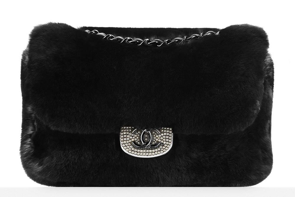 Chanel Pearl-Embellished Orylag Flap Bag5200