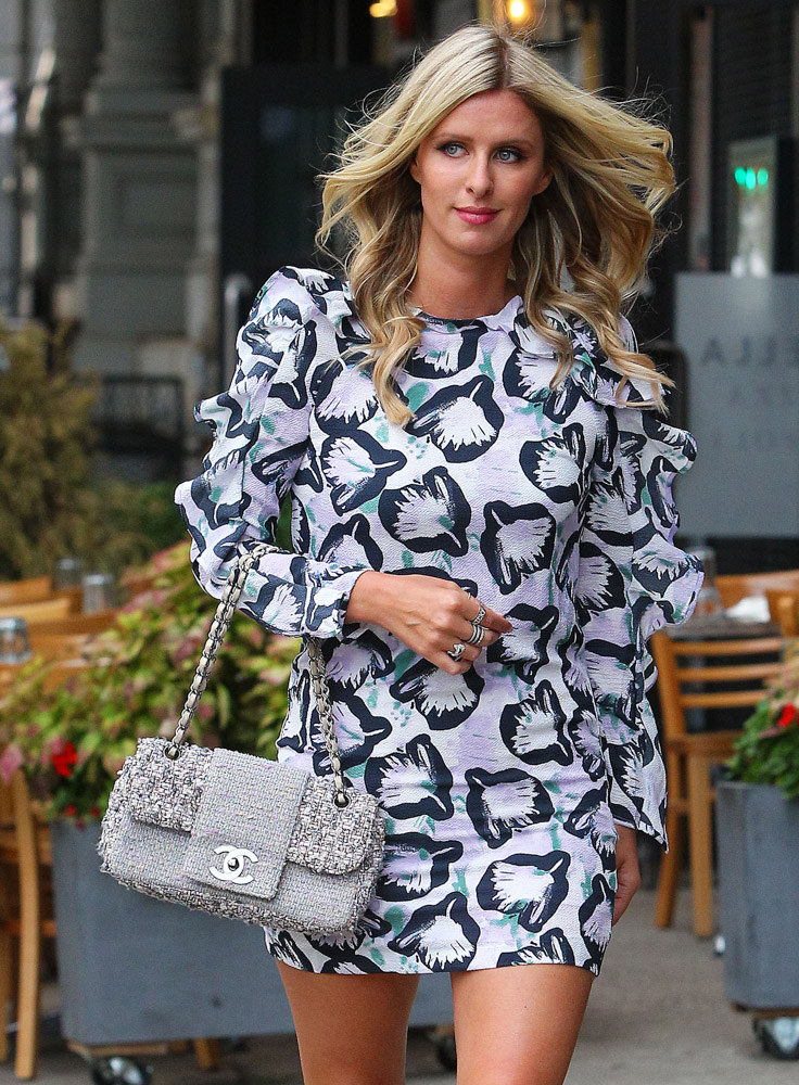 The Many Bags of Nicky Hilton Part 2-34