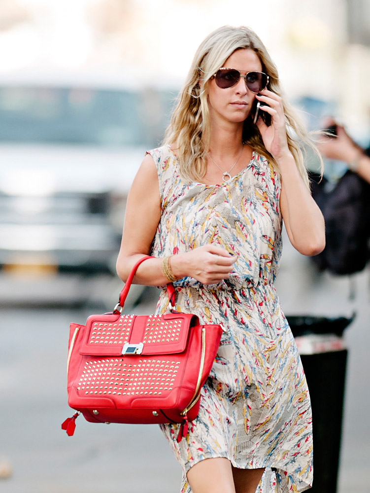 The Many Bags of Nicky Hilton Part 2-7