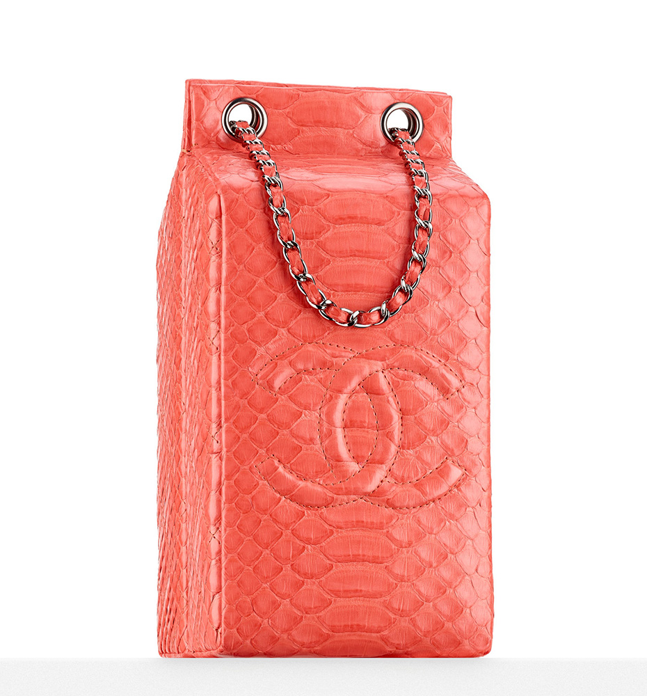 Chanel Python Coco de Lait Minaudiere 4900