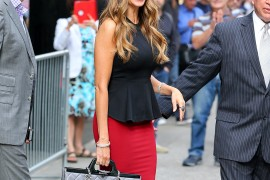 Sofia Vergara Greets Her Adoring Public with a New Chanel Bag in Tow
