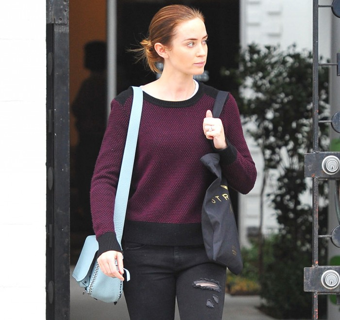 Emily Blunt leaves a hair salon with baby Hazel