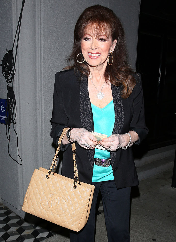 Joan-Collins-Chanel-Grand-Shopping-Tote