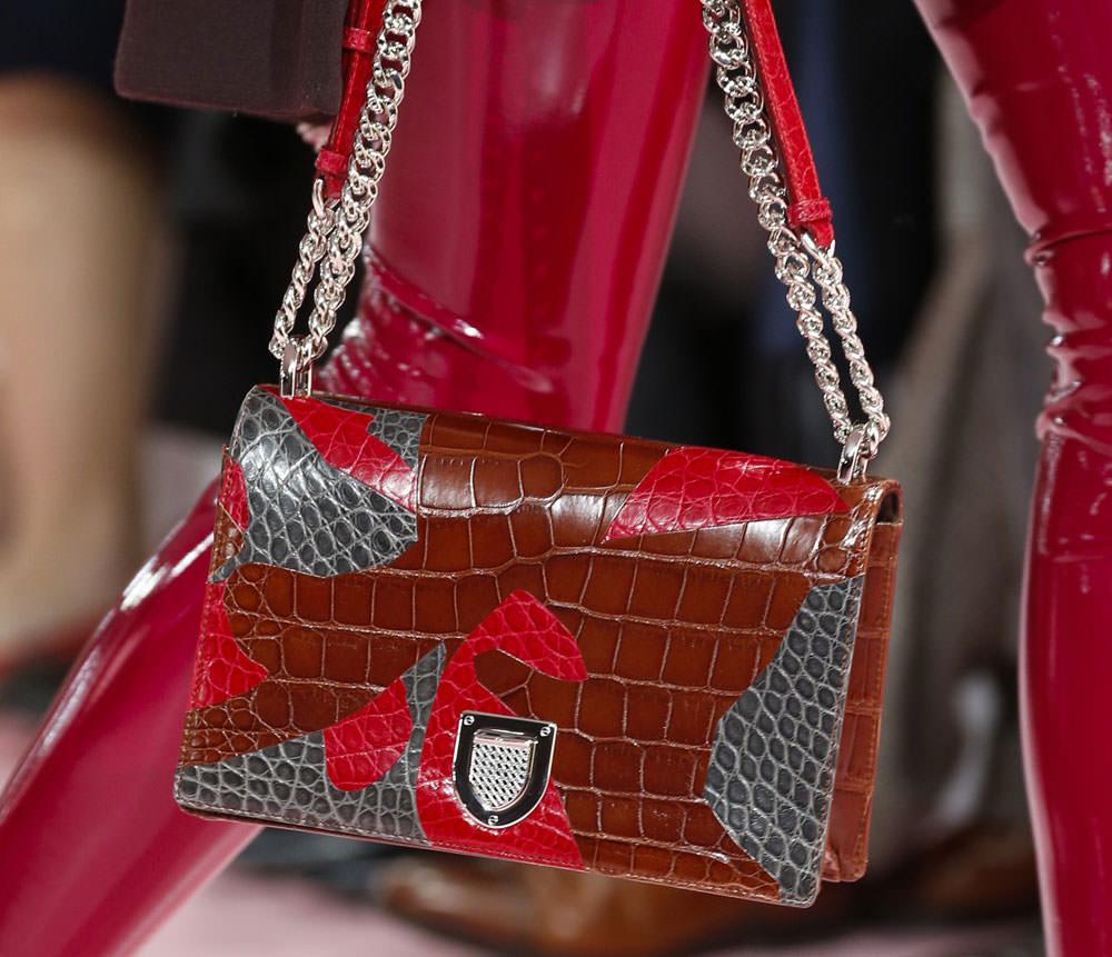 Christian-Dior-Fall-2015-Handbags-12
