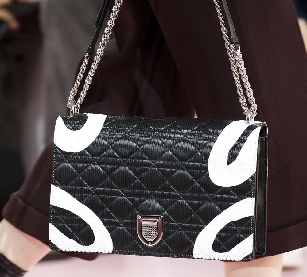 Christian-Dior-Fall-2015-Handbags-14