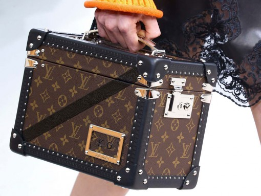Louis-Vuitton-Fall-2015-Handbags-27