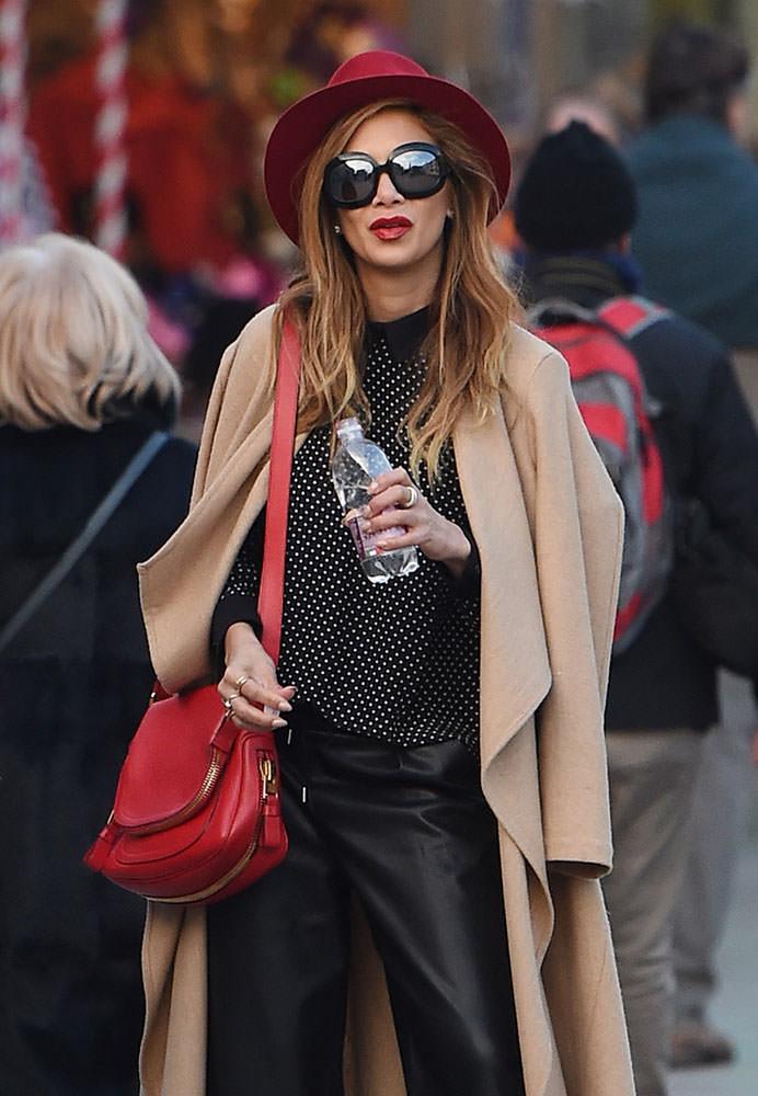 Nicole-Scherzinger-Tom-Ford-Jennifer-Shoulder-Bag