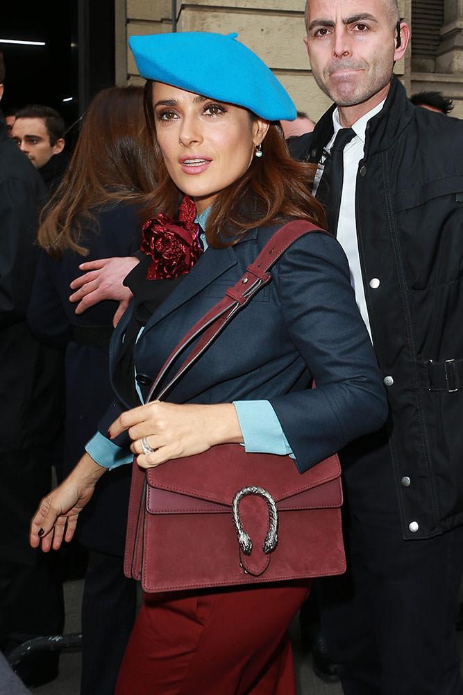 Salma-Hayek-Gucci-Suede-Shoulder-Bag