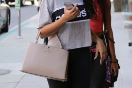 10 Things Only Handbag Lovers Understand